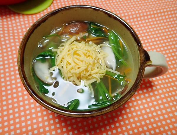 赤根ほうれん草春雨スープ